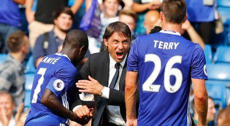 Chelsea ngac nhien ve tin don dinh sa thai Antonio Conte - Anh 1