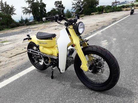 Honda Super Cub do 'doc' cua chang trai Khanh Hoa - Anh 1