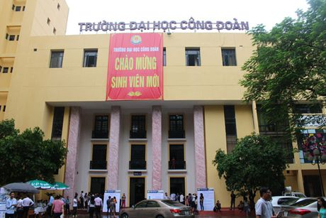 Phat hanh HSMT tai Truong Dai hoc Cong doan (Ha Noi): Nha thau khieu nai, chu dau tu noi gi? - Anh 1