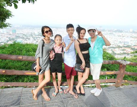 Ly Hai, Long Nhat - Hai ong bo U50 dong con nhat showbiz Viet - Anh 15
