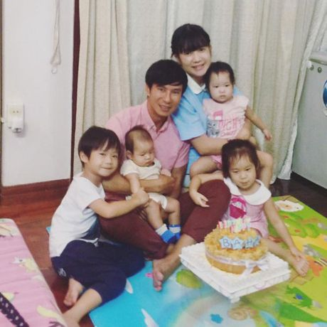 Ly Hai, Long Nhat - Hai ong bo U50 dong con nhat showbiz Viet - Anh 1