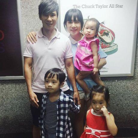 Ly Hai, Long Nhat - Hai ong bo U50 dong con nhat showbiz Viet - Anh 5
