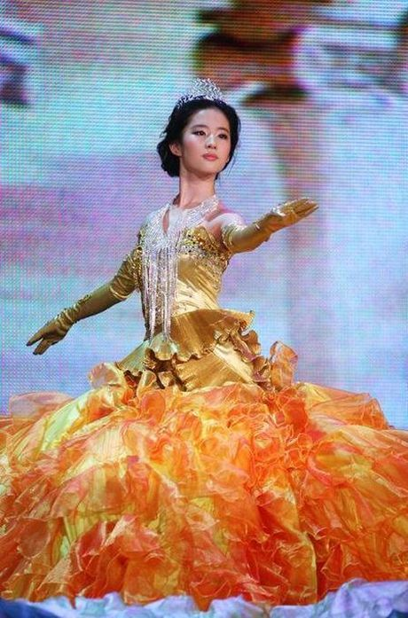 Vuot mat Na Trat, Trinh Sang, Duong Yen se la 'nu than Kim Ung' mo man lien hoan phim - Anh 7