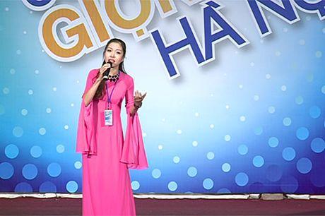 10 thi sinh tranh tai dem chung ket Giong hat hay Ha Noi 2016 - Anh 1