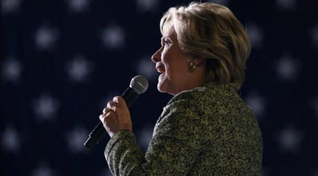 Lo email ba Clinton tung noi My se bao vay Trung Quoc bang ten lua - Anh 2