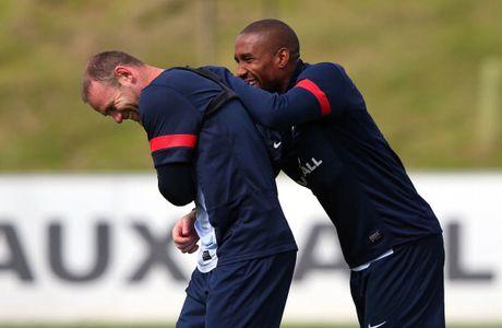 Dan anh truyen bi kip giup Rooney cuu van su nghiep - Anh 1