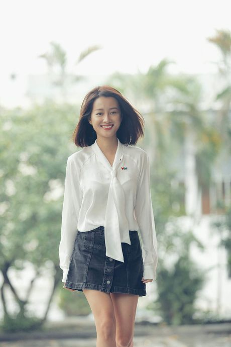 MC Quynh Chi tu tin do sac voi Hoa khoi bong chuyen - Anh 2