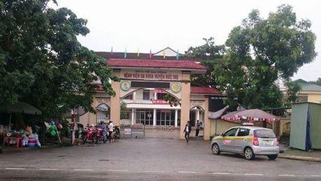 Ha Tinh: Bao cao vu san phu chet, manh xuong trong tu cung - Anh 1