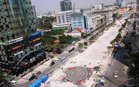 Diem danh cac du an 'khung' tai pho di bo Sai Gon - Anh 1