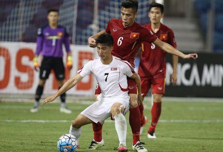 HLV Hoang Anh Tuan noi gi sau khi U19 Viet Nam ha Trieu Tien? - Anh 1