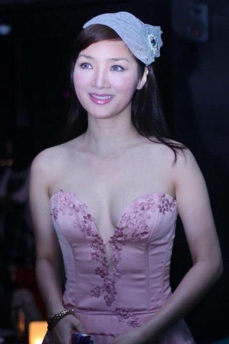 Giang My bien doi nhan sac qua tung su kien - Anh 3