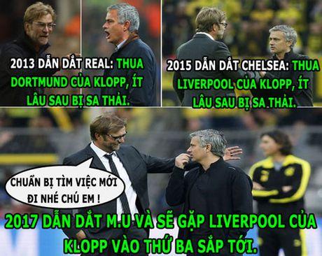 HAU TRUONG (15.10):Klopp hu doa Mourinho, sao Colombia buon ma tuy - Anh 2