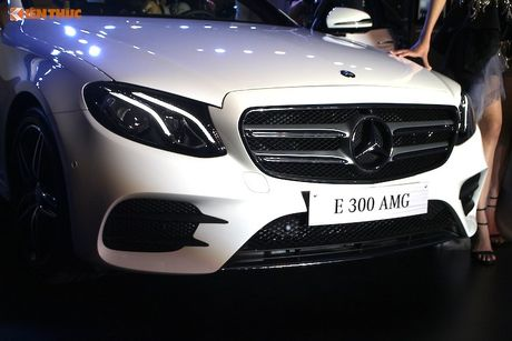 Can canh Mercedes E-Class 2017 gia hon 2 ty tai VN - Anh 5