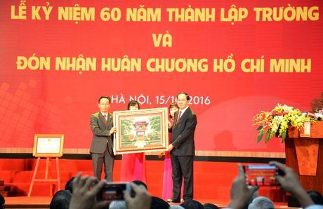 Chu tich nuoc giao nhiem vu cho truong DH Ky thuat dau tien cua Viet Nam - Anh 1