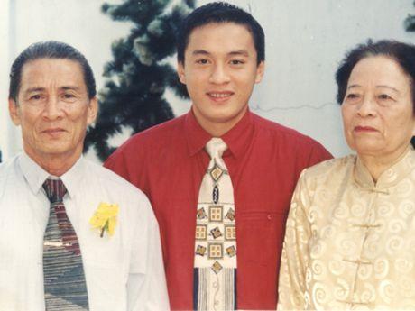 Lam Truong boi hoi nho ve thuo nho trong Sai Gon dem thu 7 - Anh 3