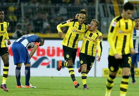 Dortmund - Hertha Berlin: Nong bong den phut cuoi - Anh 1