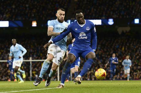 Man City - Everton: Xem Man xanh vuot kho - Anh 2