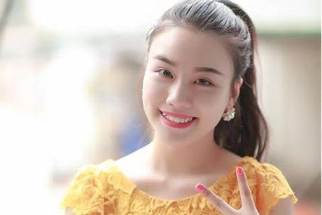 An mac phan cam, ca si Linh Miu bi xu phat - Anh 1