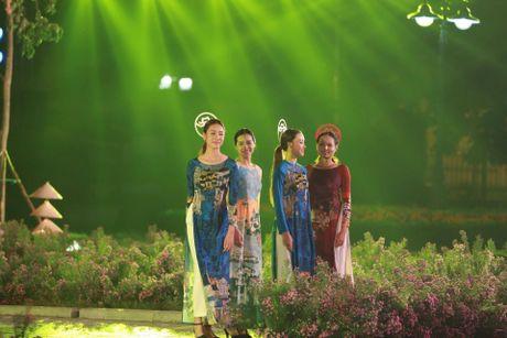 Hoang thanh Thang Long ruc sang trong dem hoi ao dai - Anh 4