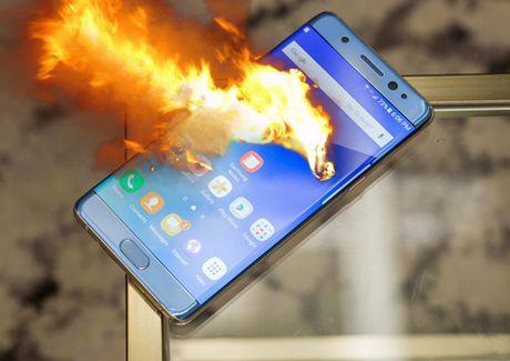 Tu vu Galaxy Note 7, chung ta co nen lo ngai ve pin smartphone hay khong? - Anh 1