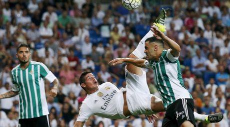Real Madrid phai thang Real Betis de khang dinh chinh minh - Anh 1