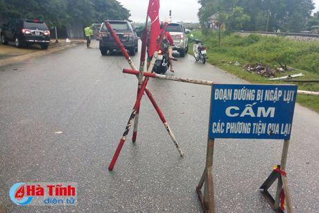 Ha Tinh: 24.158 ho dan ngap lu, 20 km duong sat Bac - Nam sat lo - Anh 2