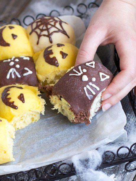 Chuan bi don Halloween voi mon banh mi sieu dep va ngon - Anh 11