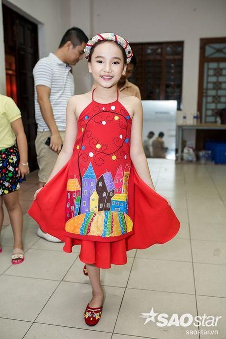 Chi Pu, Ngo Kien Huy, Noo Phuoc Thinh 'nhe rang, chu mo' sieu dang yeu trong hau truong The Voice Kids - Anh 13