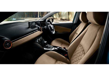 Mazda2 2017 nang cap nhe thiet ke noi, ngoai that - Anh 8