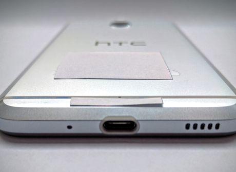 Lo anh HTC Bolt vo kim loai, khong giac cam tai nghe - Anh 1