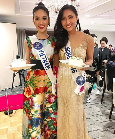 Phuong Linh duoc BTC Hoa hau Quoc te 2016 mung sinh nhat - Anh 2