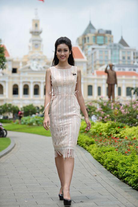 Hoa hau My Linh do dang voi Thanh Tu - Anh 4