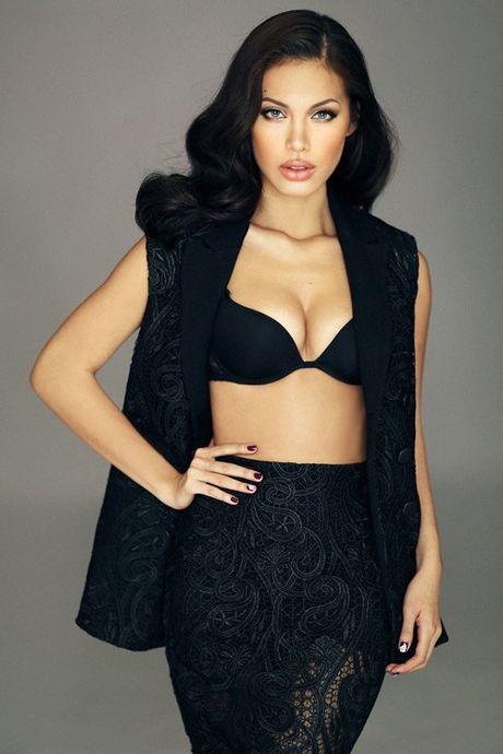 Ve dep hut hon cua Angelina Jolie phien ban Viet - Anh 3