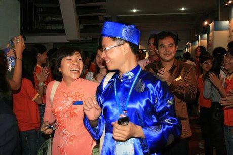 MC Le Anh: 'Gioi tre khong man ma voi nha dep, xe sang la tien bo' - Anh 3