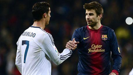 'Ronaldo xuat sac. Khong Messi, doi bong nhu ke tran truong' - Anh 1