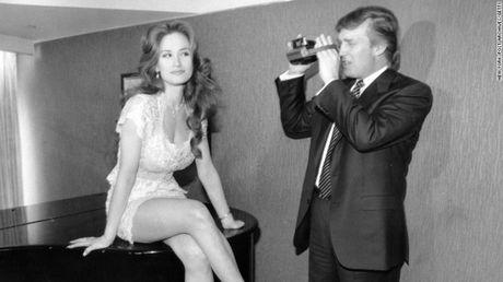 Dinh be boi sam so, ong Trump nhan la nan nhan - Anh 1
