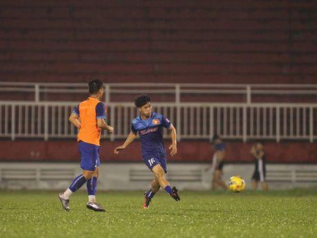 Cong Phuong va Tuan Anh thua suc choi o Thai League - Anh 1
