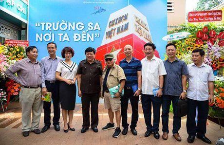 Trien lam 'Truong Sa - Noi ta den' den voi nguoi dan phuong Nam - Anh 7