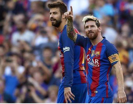 Messi lai non khan trong tran thang 4-0 cua Barca - Anh 1