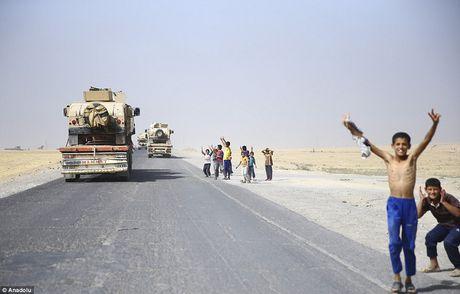 Anh quan doi Iraq chuan bi danh phien quan IS o Mosul - Anh 4
