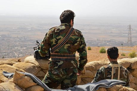 Anh quan doi Iraq chuan bi danh phien quan IS o Mosul - Anh 6