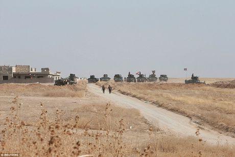 Anh quan doi Iraq chuan bi danh phien quan IS o Mosul - Anh 8