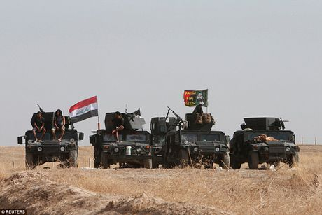 Anh quan doi Iraq chuan bi danh phien quan IS o Mosul - Anh 9