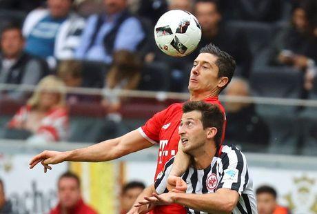 Bundesliga: Dortmund va Bayern cung 'han' - Anh 1