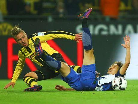 Bundesliga: Dortmund va Bayern cung 'han' - Anh 2