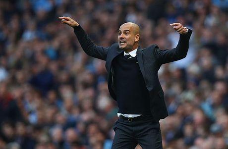 Guardiola so Man City roi vao khung hoang - Anh 2