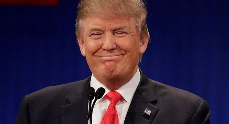 Bang hoang voi cach ong Trump noi ve quan he tinh duc - Anh 1