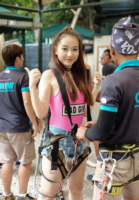 Doan phim 'Doi cho ta bao lan doi muoi' di du lich nhu dien thoi trang - Anh 5
