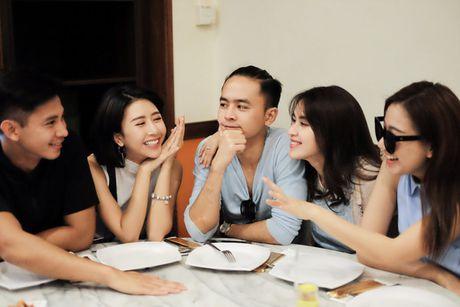 Doan phim 'Doi cho ta bao lan doi muoi' di du lich nhu dien thoi trang - Anh 8