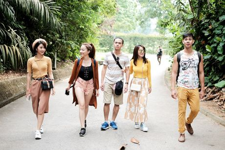 Doan phim 'Doi cho ta bao lan doi muoi' di du lich nhu dien thoi trang - Anh 9